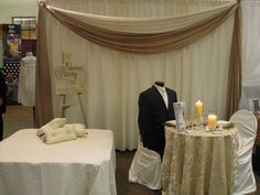 10ft ivory/gold booth space