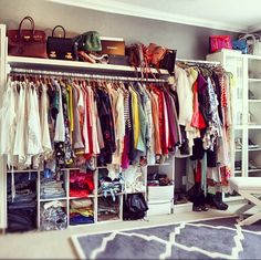 Jealous of this marvelous closet.. #songofstyle