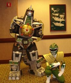 Green Power Ranger and Dragonzord cosplay