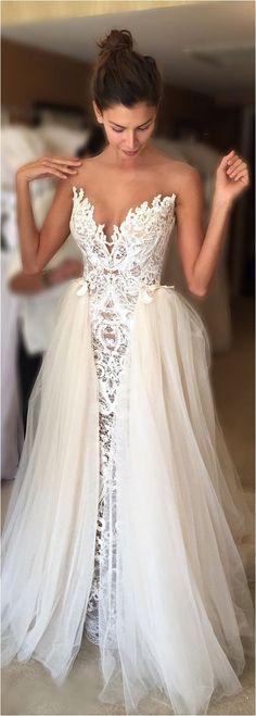 Excellent 100+ Best Inspirations Lace Wedding Dresses For You https://bridalore.com/2017/09/09/100-best-inspirations-lace-wedding-dresses-for-you/