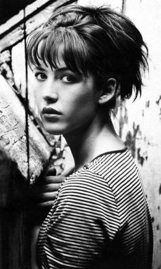Sophie Marceau (born: November 17 1966 arrondissement of Paris Paris Fr Isabelle Adjani, French Beauty, Classic Beauty, Timeless Beauty, Looks Black, Black And White, Jenifer Aniston, Cinema Tv, Jesse James