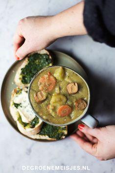 Recept voor makkelijke en gezonde  vegan erwtensoep vol groenten. Lees de stap voor stap beschrijving en maak 'm zelf ook. #erwtensoep #vegan