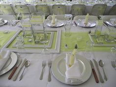 Picture frame theme, with square center pieces