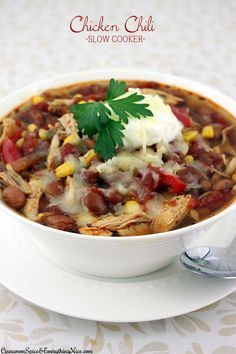 Slow Cooker Shredded Chicken Chili