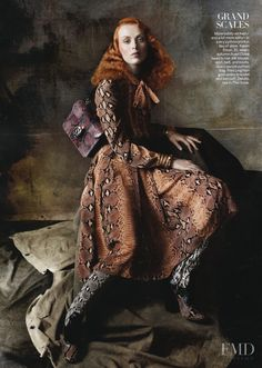 Steven Meisel photographs Candice Swanepoel, Miranda Kerr, Fei Fei Sun and Karen Elson and more for Vogue US. Fashion Foto, Chloe Fashion, Quirky Fashion, Vogue Fashion, World Of Fashion, Bold Fashion, Street Fashion, Fashion Ideas, Steven Meisel