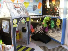 Rocket role-play area classroom display photo - Photo gallery - SparkleBox