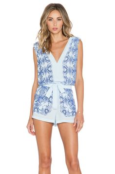 BCBGMAXAZRIA Vance Romper in Light Oasis Combo