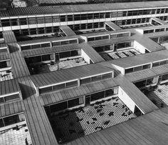 Arne Jacobsen -  Munkegård School, Copenhagen (1957)