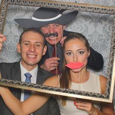 Zdjecia z fotobudki podczas wesela