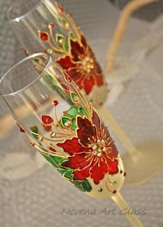 Poinsettia Glasses, Christmas Glasses, Winter Wedding, Champagne Glasses, Hand Painted Set of 2 Glass Painting Patterns, Painting Glass Jars, Glass Painting Designs, Pottery Painting Designs, Bottle Painting, Glass Art, Stained Glass Quilt, Stained Glass Projects, Glass Bottle Crafts