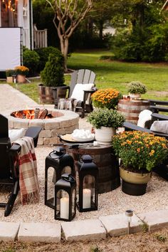 8 cozy fire pit ideas for outdoor fall decor and entertaining tips using budget-friendly finds from Walmart for a backyard campfire party.