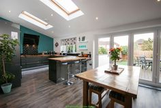 4 bedroom semi-detached house for sale in Woodlands Drive, Chester - Rightmove | Photos