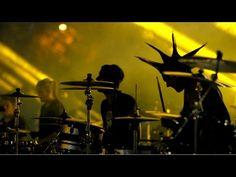 "More Than 1,000 Musicians Perform Nirvana's ""Smells Like Teen Spirit"" - 9GAG.tv"