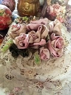Ribbon roses! @ Gill Colthart
