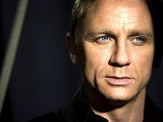 Craig has told about the possible participation in shootings of new movies about James Bonde Daniel Craig James Bond, Craig Bond, New James Bond, Rachel Weisz, Daniel Craig Tomb Raider, Estilo James Bond, Daniel Graig, Men Over 40, Best Bond