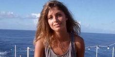 Olívia Pascal - Google-keresés Camisole Top, Tank Tops, Google, Women, Fashion, Halter Tops, Moda, Women's, La Mode