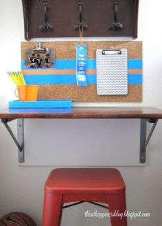 DIY desk with brackets - perfect for small spaces eclecticallyvintage.com