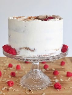 """I put a Cake by Courtney spin on a classic Norwegian dessert, """"Verdens Beste"""" - layers of buttery sponge cake, meringue, custard, almonds and berries. Cupcakes, Cupcake Cakes, Easy Cake Recipes, Dessert Recipes, Merangue Cake, Different Cakes, Savoury Cake, Cakes And More, Let Them Eat Cake"""