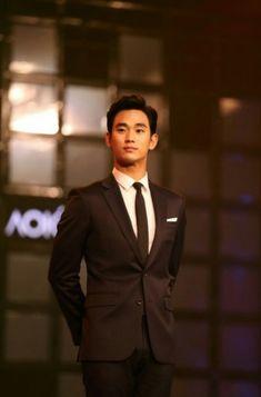 nice Good News: Aokang weibo update for Kim Soo Hyun Filming Aokang Korean Celebrities, Korean Actors, Asian Boys, Asian Men, Rei Arthur, My Love From The Star, Poster Boys, Hallyu Star, Lee Jong Suk
