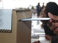 En las elecciones Primarias, Abiertas, Simultáneas y Obligatorias de agosto, un troquel será la constancia de emisión de voto .  Los padrones incluirán junto al nombre del ciudadano, la foto, un espacio para la firma y un comprobante troquelado