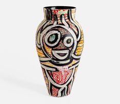 גור ענבר: מהחמאם בבצלאל למסעדת מישלן במונאקו - מגזין פורטפוליו New Africa, Vase, Ceramics, Home Decor, Homemade Home Decor, Ceramic Art, Clay Crafts, Interior Design, Jars