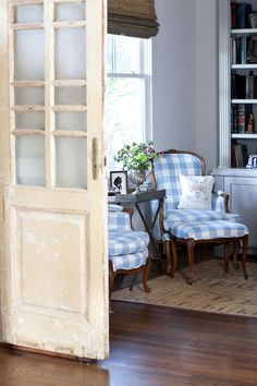 MY FAVORITE THING IN THE ENTIRE HOUSE- THESE FRENCH BLUE, BUFFALO CHECKED CHAIRS!! I'D LOVE TO HAVE MY CHERRY SET COVERED IN THIS FABRIC, TO MATCH THE KITCHEN DRAPES. LOVE THEM!!study-tray-soft-surroundings