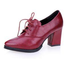 Body Proportions, Oxford Heels, Designer Pumps, Sneaker Heels, Online Shopping Stores, Perfect Body, Beautiful Shoes, Women's Pumps, Legs