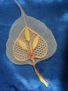Polychrome Creative Embroidery, Lacemaking, Lace Heart, Lace Jewelry, Bobbin Lace, Lucca, Lace Detail, Trees, Butterfly