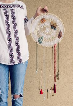 $2 Boho Dreamcatcher Jewelry Display and Organizer: the Child at Heart Blog