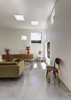 #Concrete Floors white walls - House Boone Murray / Tribe Studio Architects