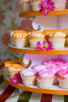 I'm obsessed with cupcake towers right now. Love the bright sugar sprinkles on vanilla!