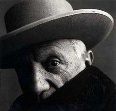 Irving Penn,Pablo Picasso, Cannes, 1957 - http://leblogdesovena.com/irving-penn-lart-du-portrait/