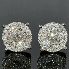 35 Pieces Of Gorgeous Jewelery - Style Estate - Gorgeous diamond earrings. ~ 35 Pieces Of Gorgeous Jewelery - Style Estate - I Love Jewelry, Jewelry Box, Jewelery, Jewelry Accessories, Fashion Accessories, Fine Jewelry, Fashion Jewelry, Vintage Jewelry, Jewelry Clasps
