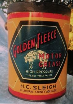 Super Super Super rare The first of Golden Fleece service stations grease tins in fantastic condition