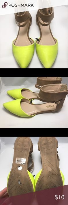 Charlotte Russe Ankle Strap Flat Charlotte Russe Ankle Strap Flat size 8 , great used condition Shoes Flats & Loafers
