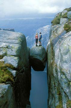 Kjeragbolten Boulder Kjerag Mountain, Rogaland Norway