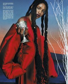 Jaden + Willow Smith are lensed by Hugo Comte in a luxe, past-tense Renaissance fashion editorial for Vogue Italia October Willow Smith, Vogue Fashion, Royal Fashion, Fashion Art, High Fashion, Editorial Photography, Fashion Photography, Female Photography, Glamour Photography