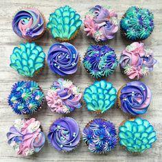 Mermaid cupcakes from milk and water baking co. Disney Desserts, Mermaid Baby Showers, Baby Mermaid, Mermaid Birthday Cakes, Girl Birthday Cupcakes, Cupcakes Decorados, Little Mermaid Parties, Partys, Cupcake Cakes