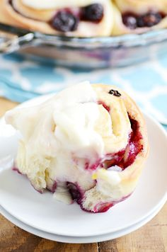 These Lemon Blueberry Sweet Rolls will melt in your mouth and are bursting with spring time flavors!