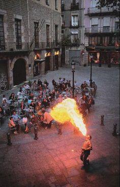 heybgrlhey:  National Geographic December 1998 Barcelona, Spain