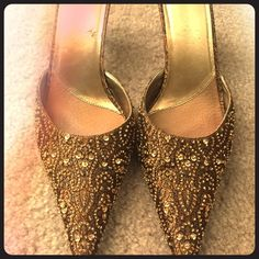 Gold Jewel Embossed Kitten Heel Perfect kitten heel to spruce up any outfit! Shoes Heels