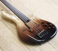 F-Bass BNF4 with a beautiful Vertical Brown Burst #bass #basstheworld #fbass @marcel_at_fbass