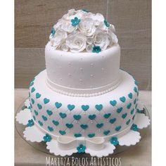Para uma linda menina. #maritzabolosartisticos #bolo #birthday #birthdaycake #cake #aracaju #bolosaju #bolodeaniversario #bolodemenina