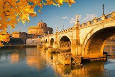 Roma, si gusta en cualquier época del año, en otoño se llena de unos colores y una luz especial.