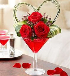 A pertfect martini! LOvE Potion #3 www.countrycarriagefloral.com