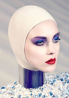 collectingdifferentstories:  Enigmatic Beauty - Makeup by Heiko Palach