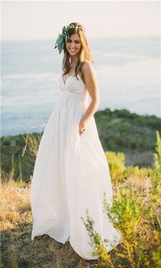 pretty beach wedding dress