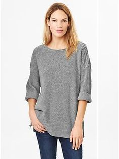 {RETURNED} Oh, my this was HUGE.  Marled oversize sweater in heather gray {Fall 2014} ordered in m/l, this really does run large.  Could not justify keeping...not an essential flattering item.