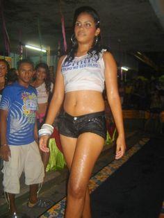 """Sensualidade e beleza no concurso da """"Garota Molhada 2009"""" de Itapipoca"""