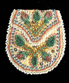 201 best images about iroquois raised beadwork on Native American Seed, Native American Beadwork, Beaded Purses, Beaded Bags, Seed Bead Patterns, Beading Patterns, Iroquois, Native Beadwork, Sewing Art